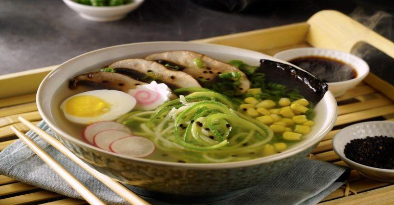 Ramen de Zucchini Noodles